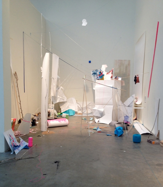 http://barbararink.nl/files/gimgs/th-8_installtion-overview-SFaI.jpg